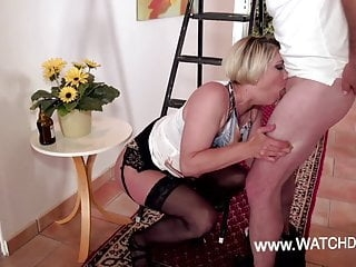 Deutsche fickebare MILF Amateure von WatchDirty.com