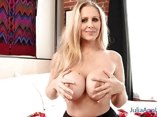 Hot Blonde Milf Julia Ann Showing Off Her Stockings!