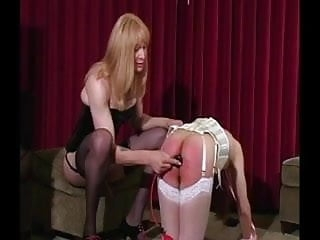Kinky transexual gets cock sucked on chair
