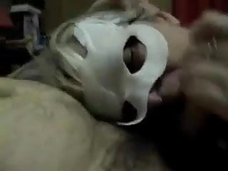 Masked italian blonde gives a dedicated mouthjob
