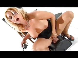 Sindy loves her sybian!