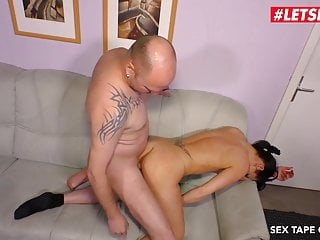LETSDOEIT - Deutsche Couple Recording Their First Sex Tape